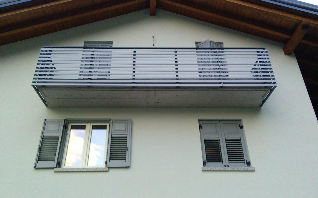 Trentino | Balconi in alluminio e acciaio inox moderni